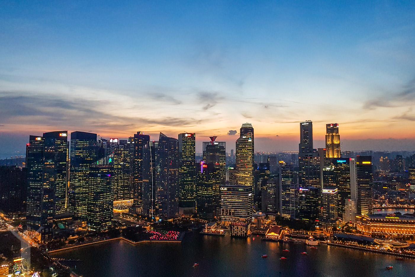 Skymning i Singapore