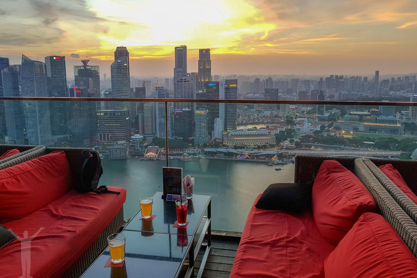 CeLaVi - takbar i Singapore
