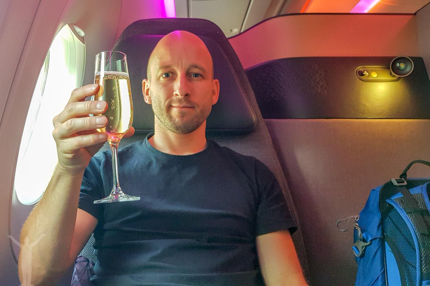 Champagne på säte 3A