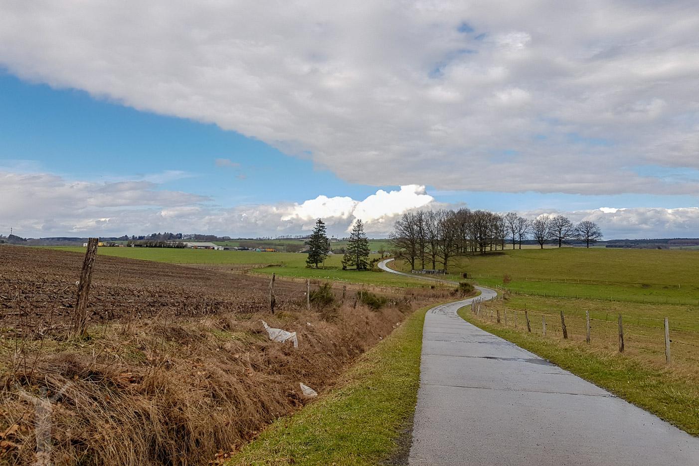 Småvägar utanför Bastogne