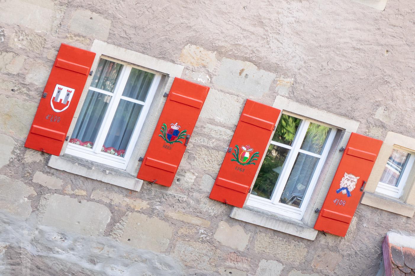 Fönster på ett hus