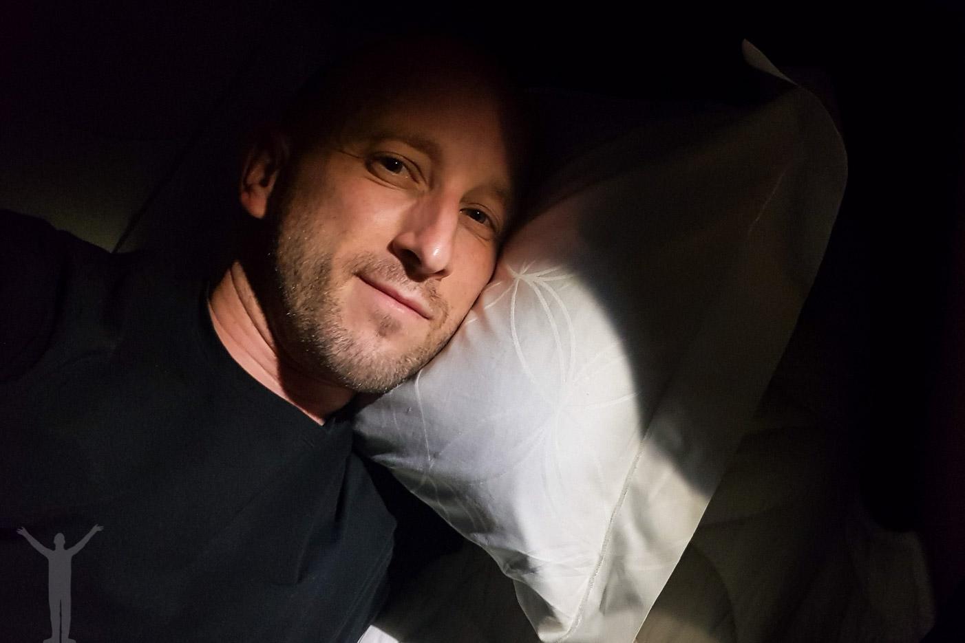 Fullt fällbar säng
