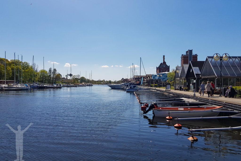 Hamnen och bryggan i Åhus