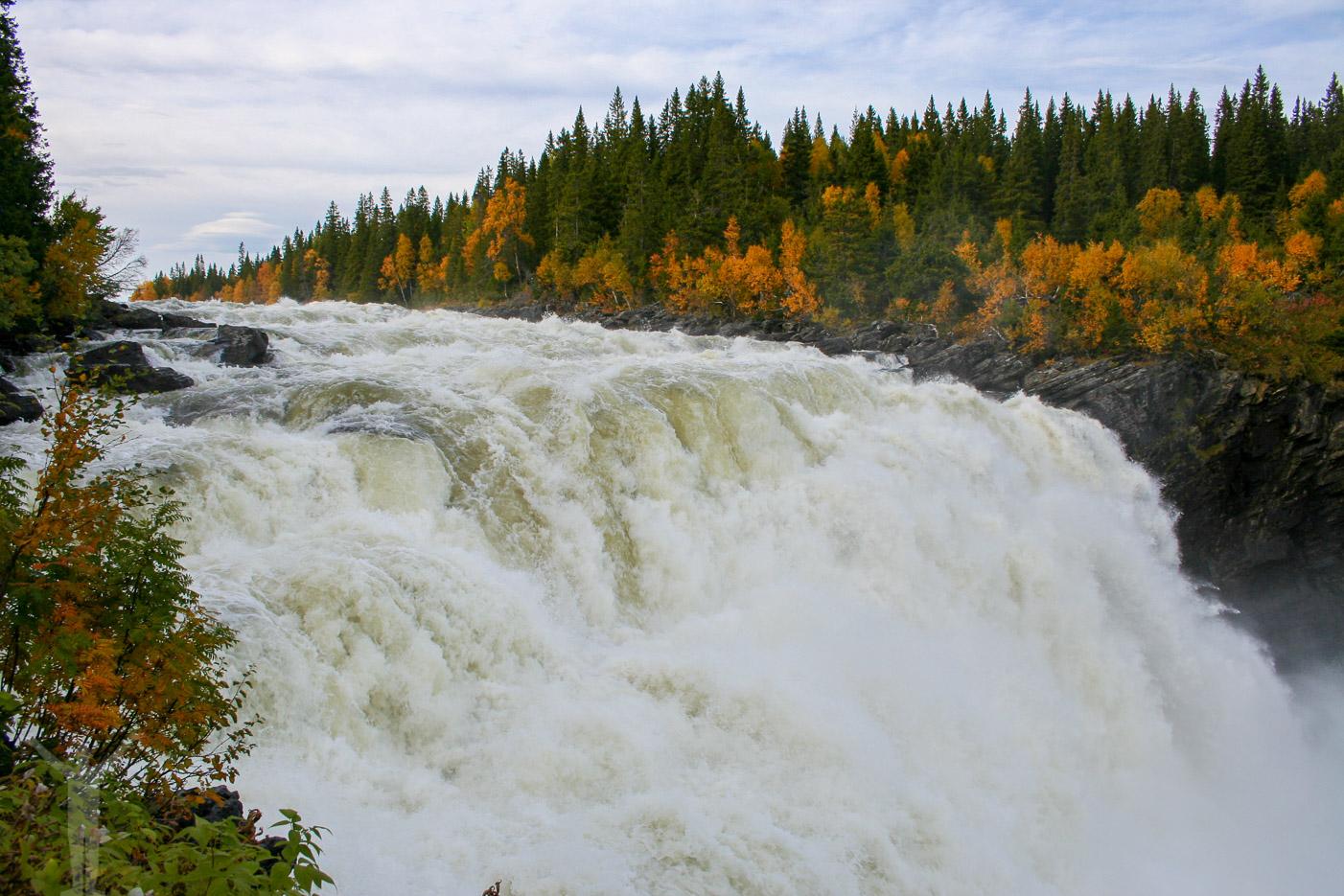 Tännforsen - Sveriges största vattenfall. Enkel vandring i Åre!