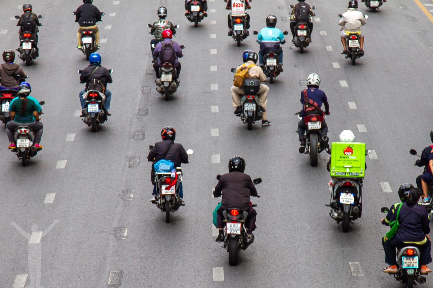Alltid mopeder och motorcyklar.