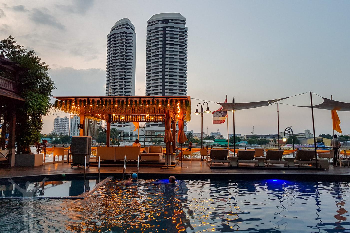 Riva Surya Hotel, Bangkok