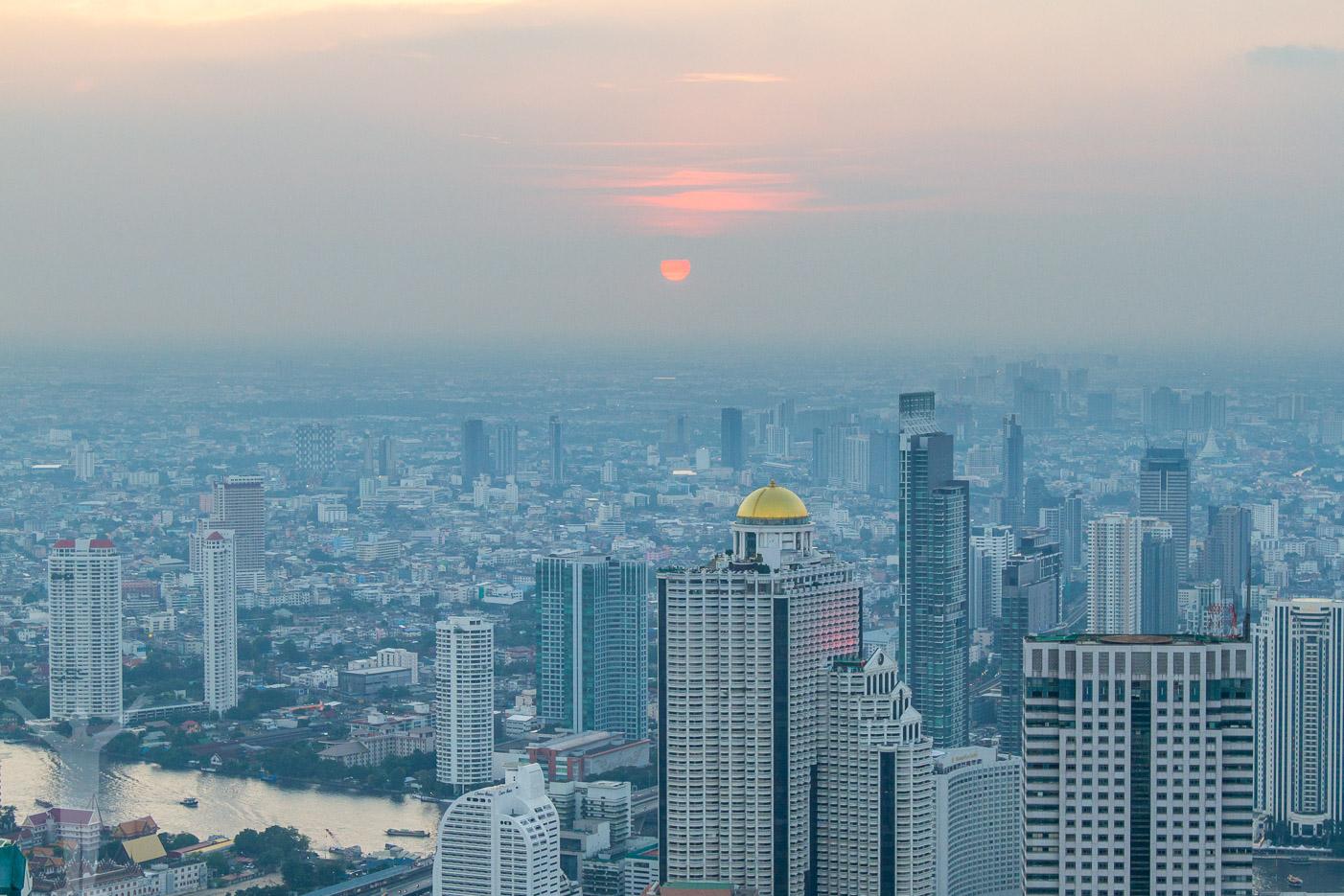 Solnedgång från Mahanakhon
