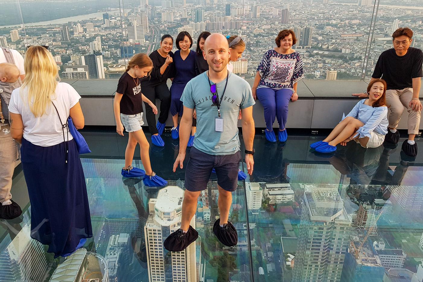 Glasterrassen på Bangkoks högsta takbar.