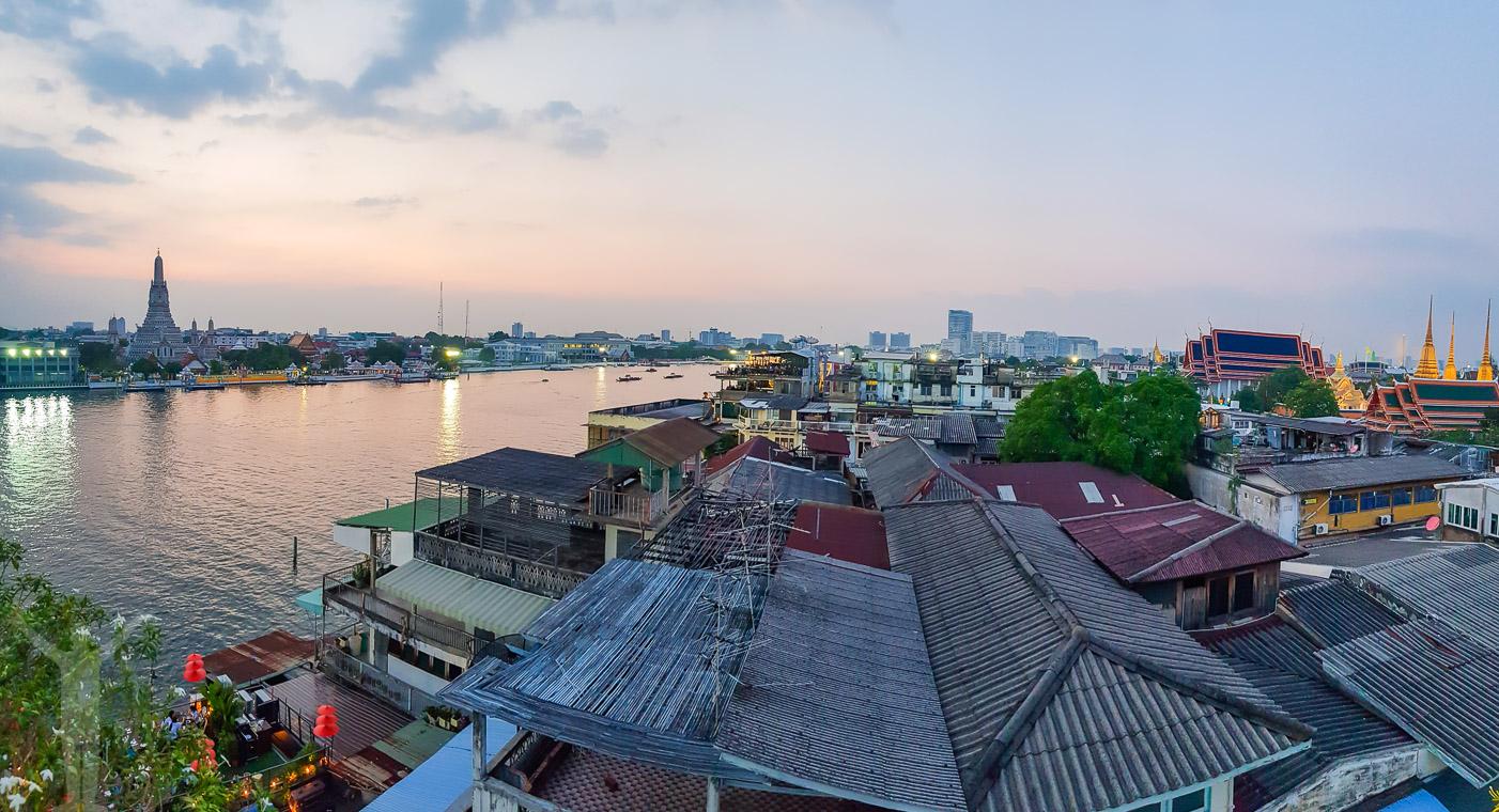 Utsikt över Wat Arun från Riva Arun Hotel