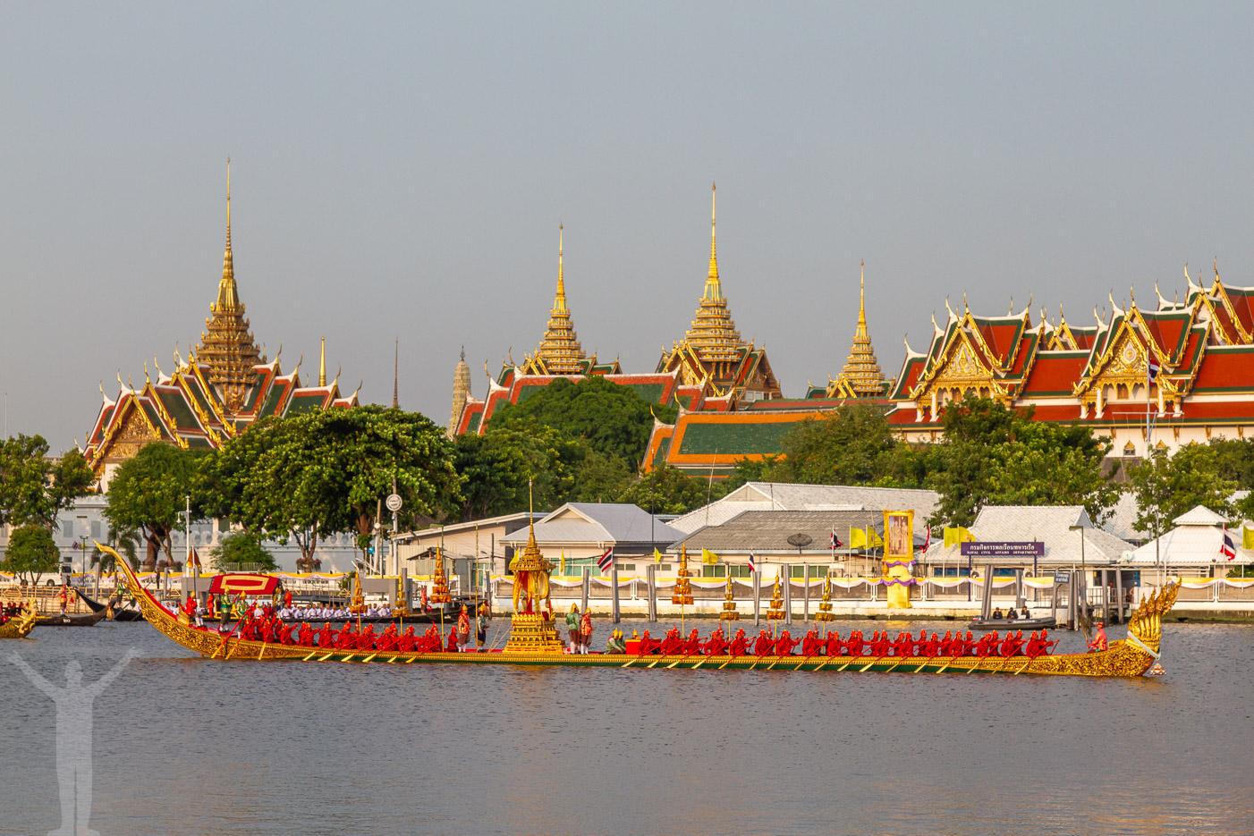 Thailands kung Rama X kröns i Bangkok