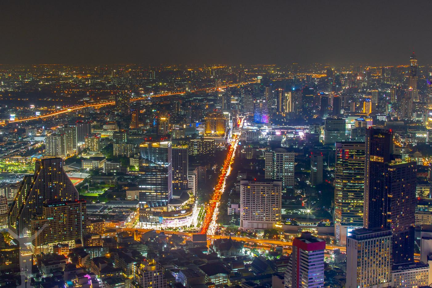 Kväll i Bangkok downtown