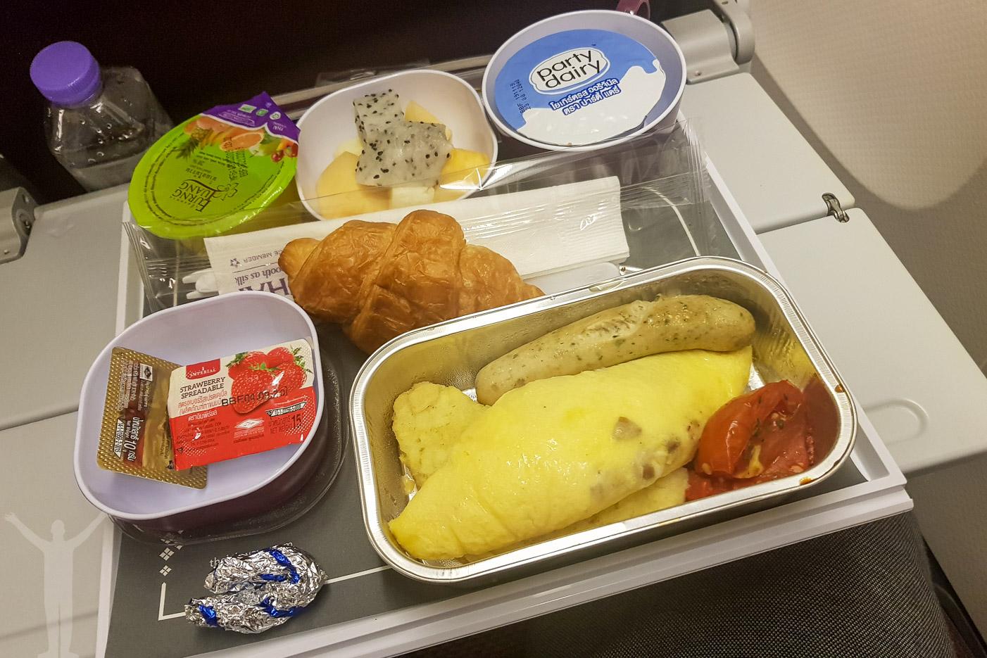 Flyga med Thai Air till Bangkok innebär en helt okej frukost