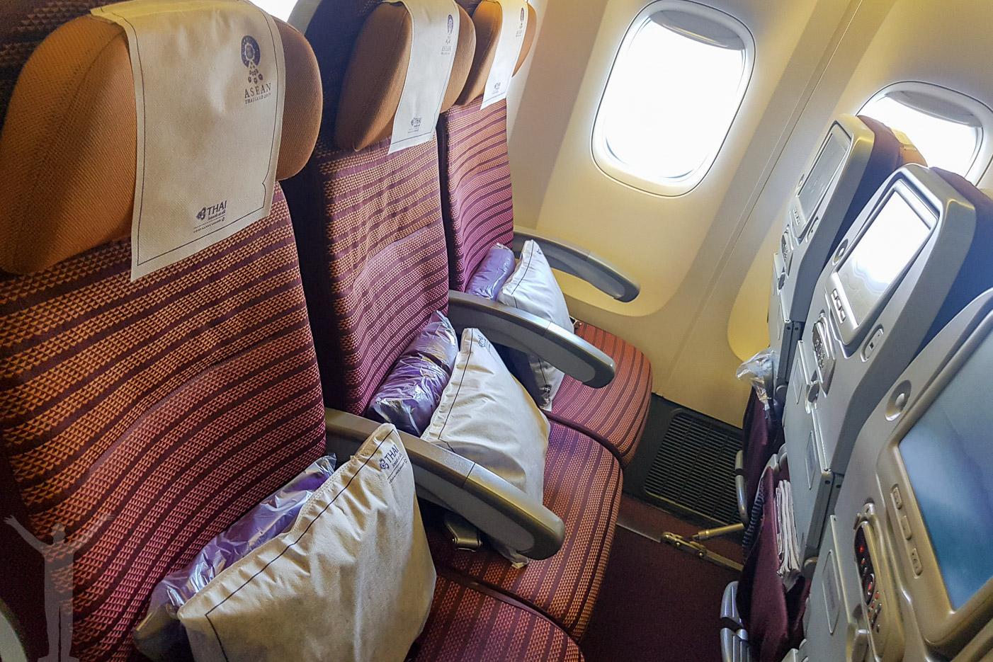 Ekonomiklass om man ska flyga med Thai till Bangkok
