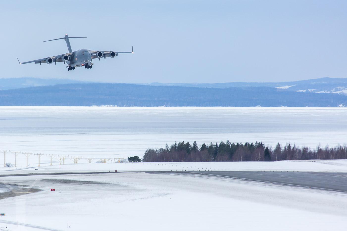 Boeing C-17 Globemaster III på Frösön