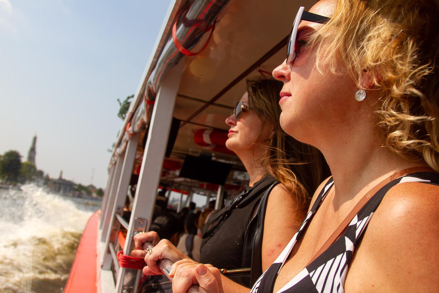 Bloggkollegor på flodbåten