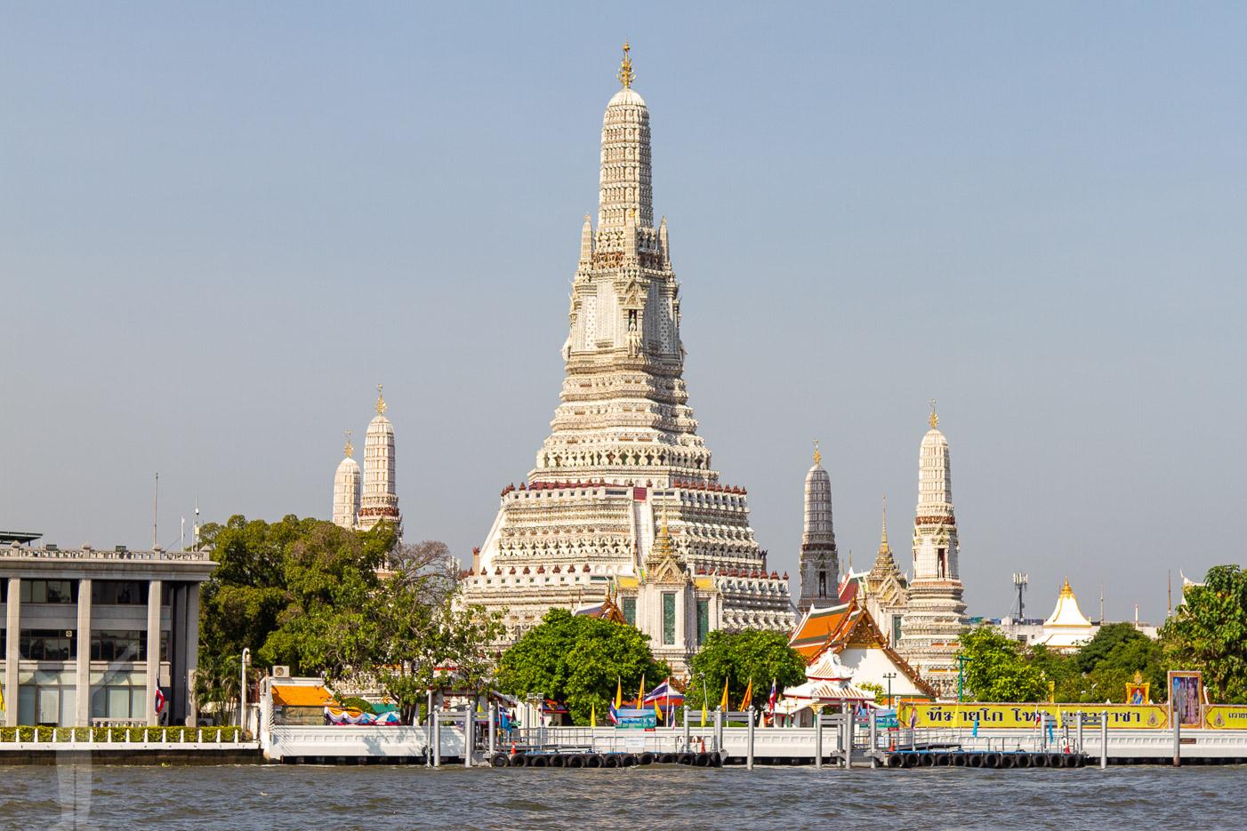 Wat Arun från Chao Phraya