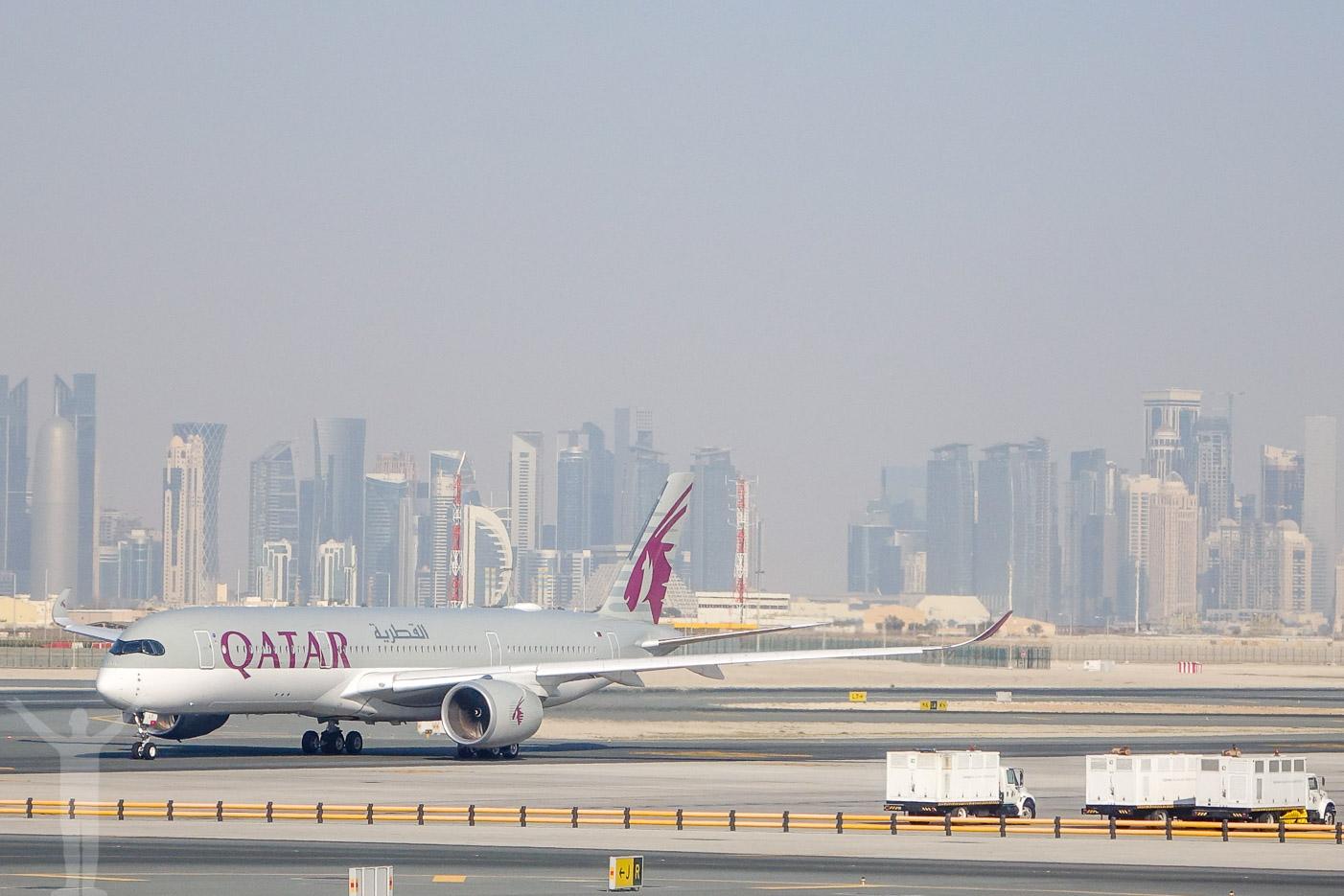 Qatar Airways A350-900 i Doha