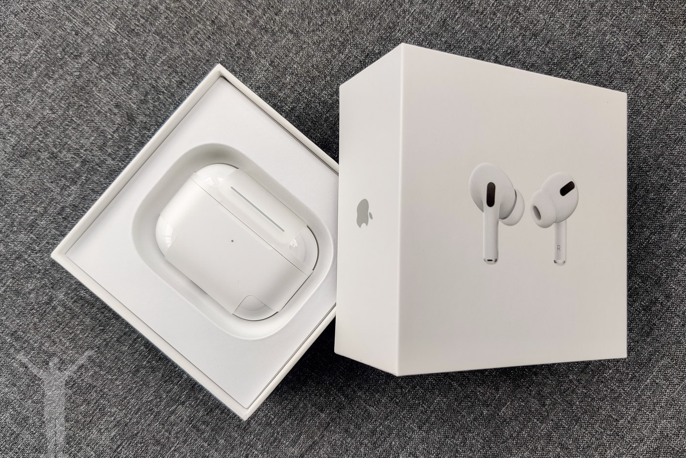 Unboxing Apple Airpods Pro