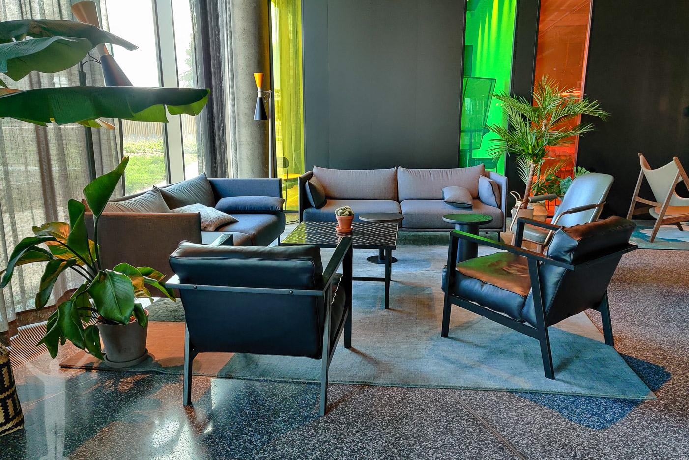 Lounge på bottenplan