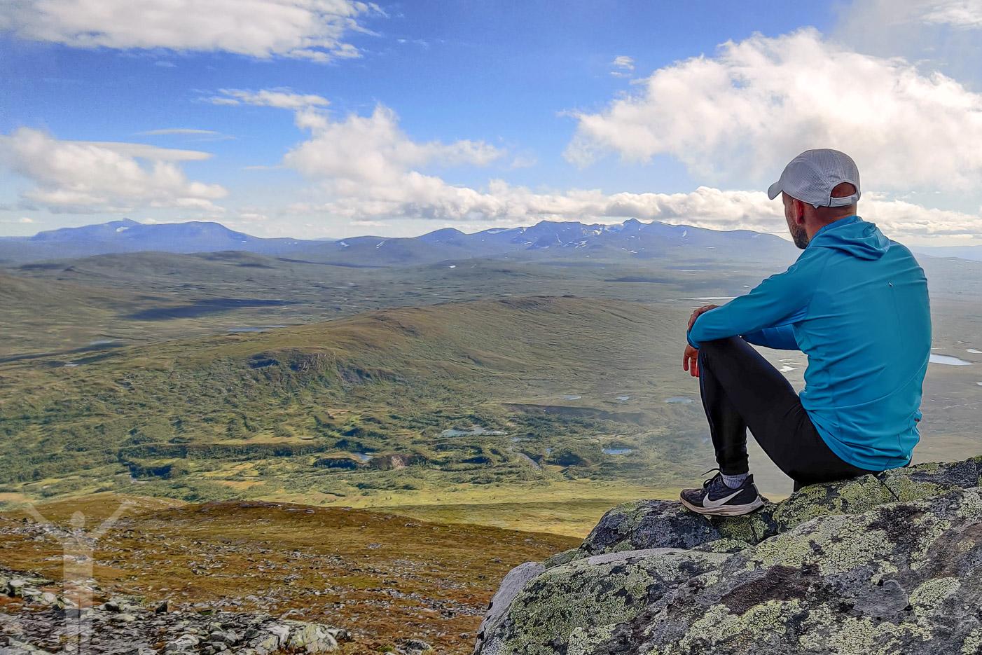 Fika med utsikt mot Jämtlands fjällvärld
