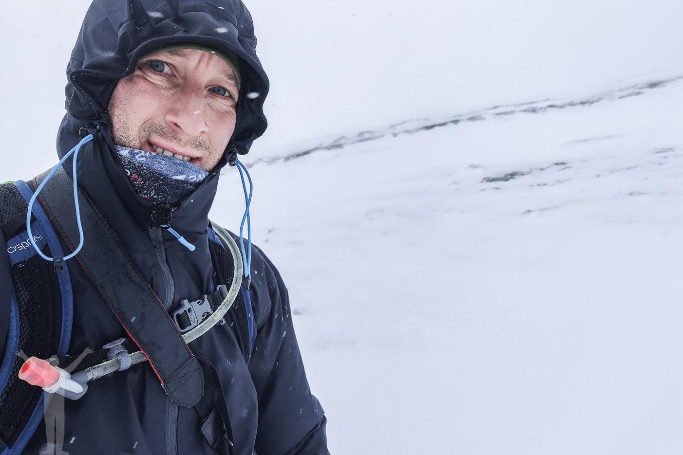 Bitande väder och fjällvandring till Låktatjåkko