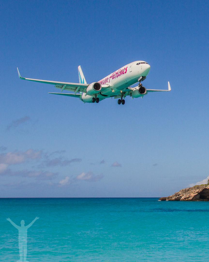 737:a på väg in över Maho Beach