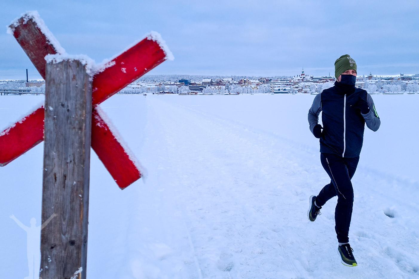 Löpning på Storsjön på Löpningens dag