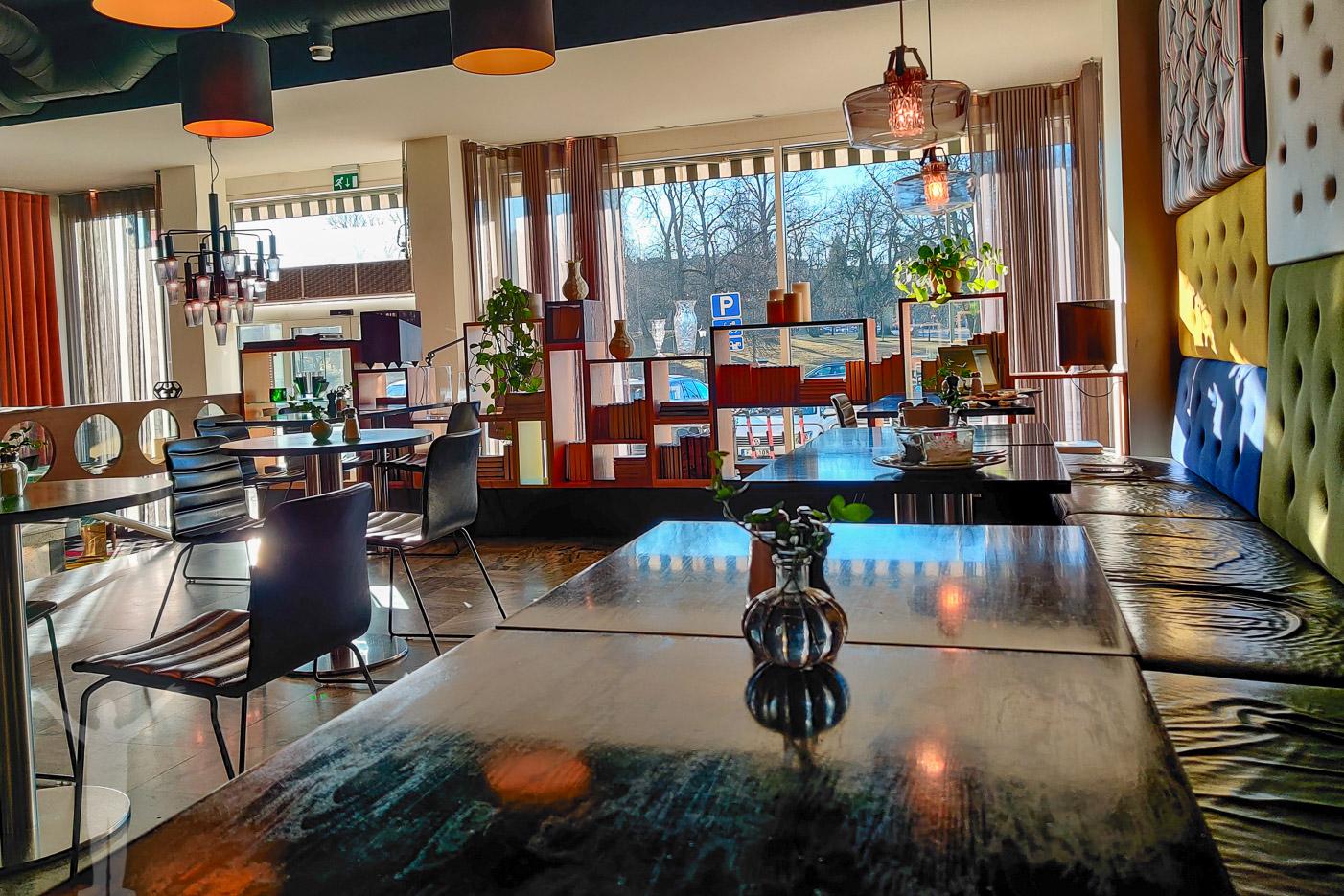 Frukostmatsalen på Hotel Flora