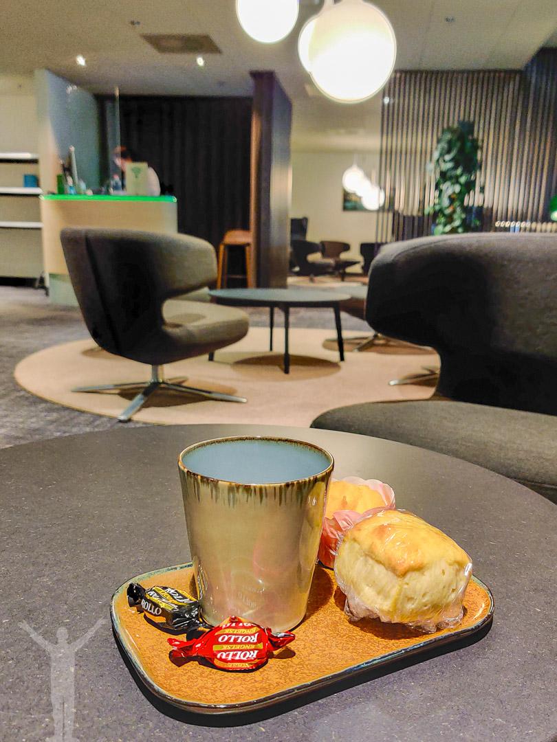 Kaffe och tilltugg i SJ lounge