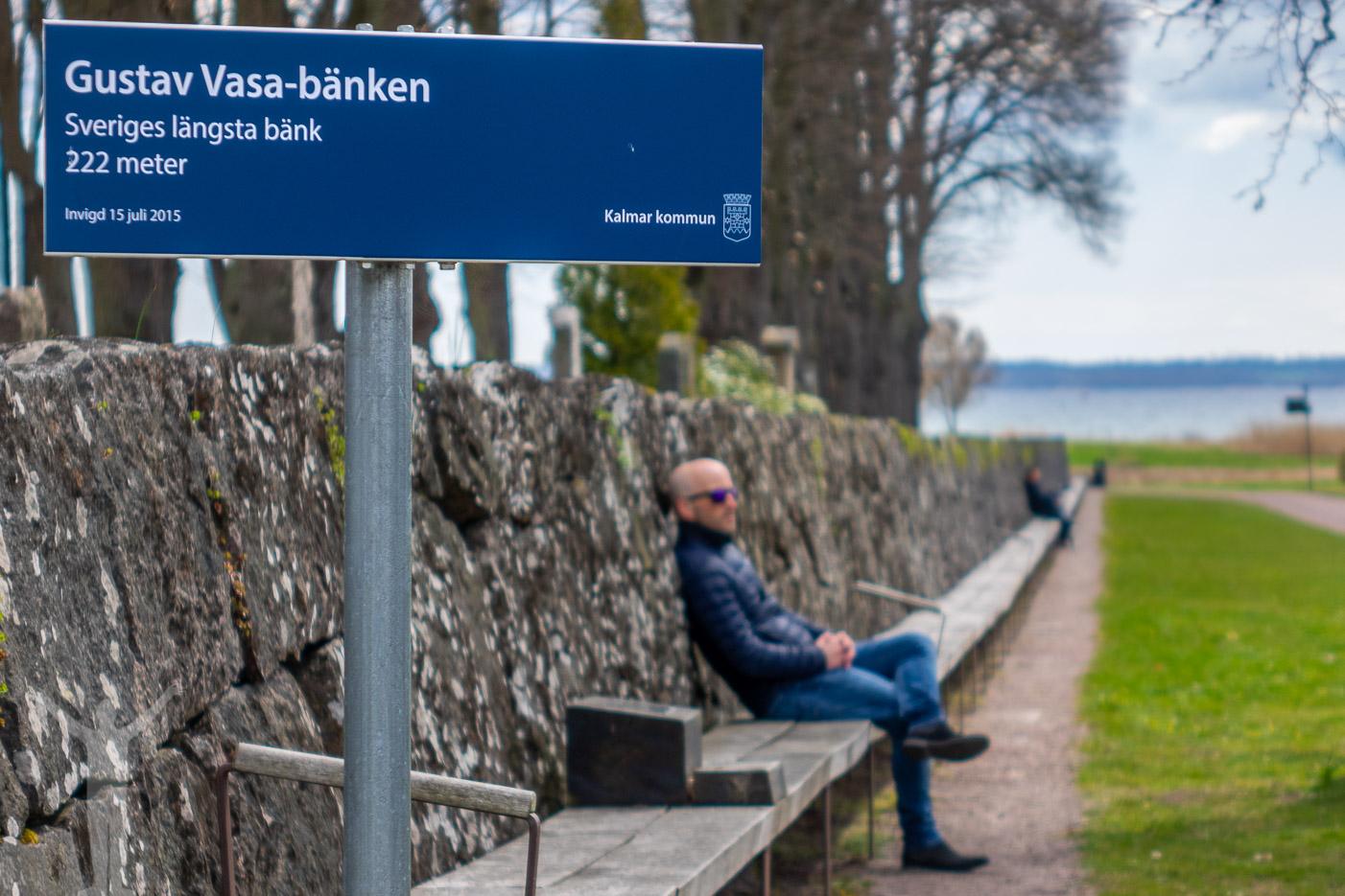 Sveriges längsta bänk finns i Kalmar