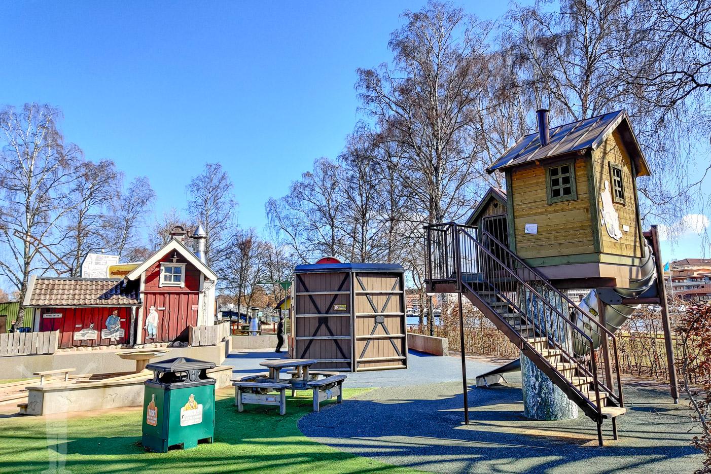 Skrotnisses lekpark på Spikön - en av många sevärdheter i Trollhättan