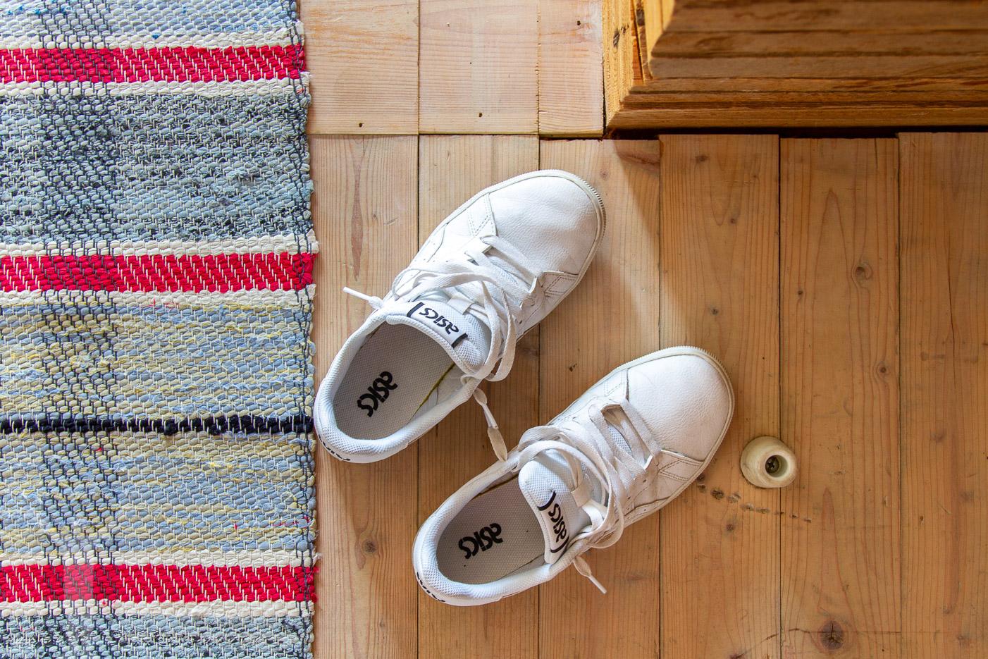 Ta av dig skorna